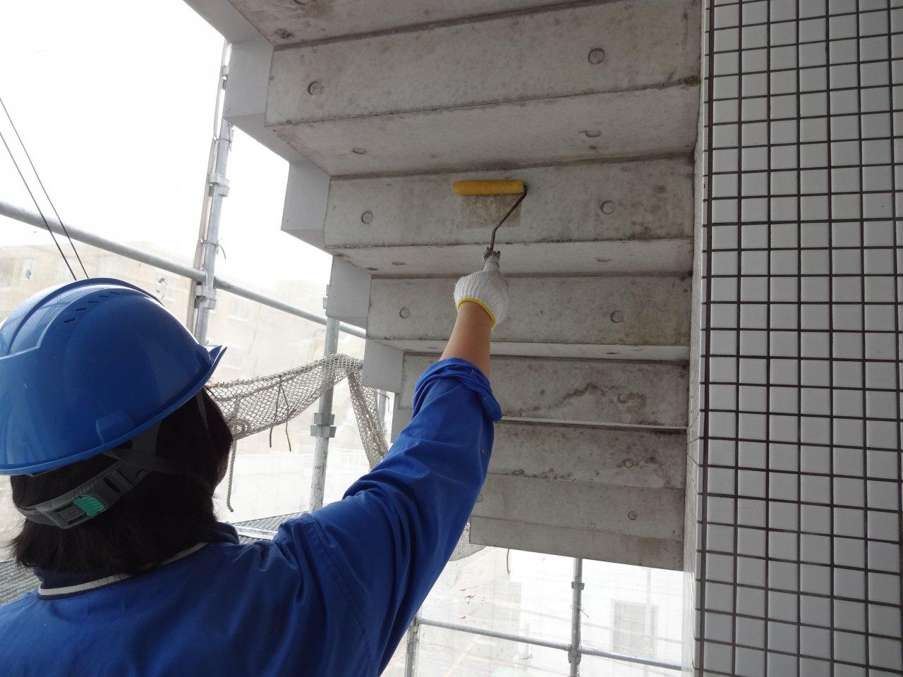 外壁保護撥水剤塗布7 階段裏