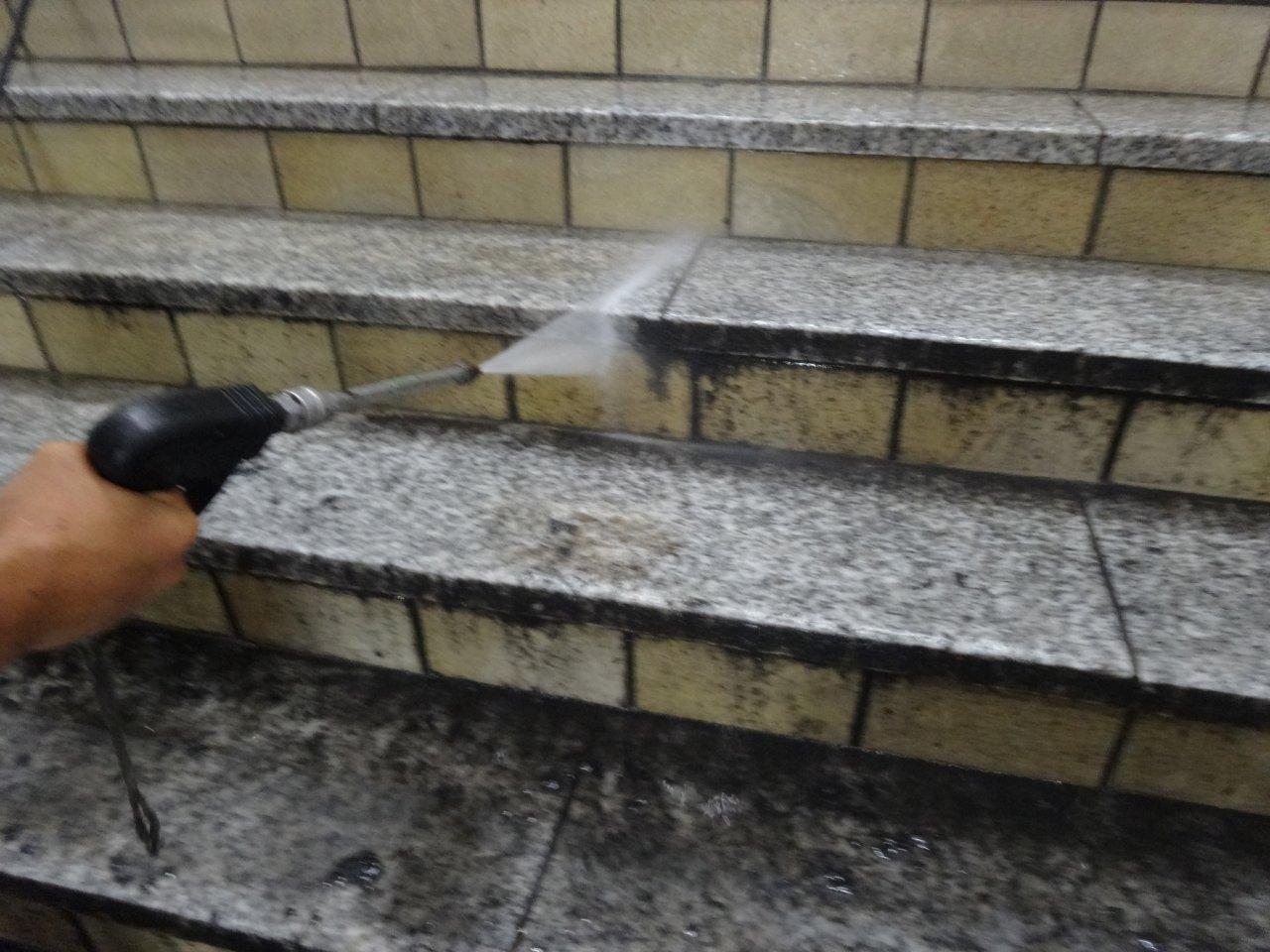 外階段洗浄5 外階段