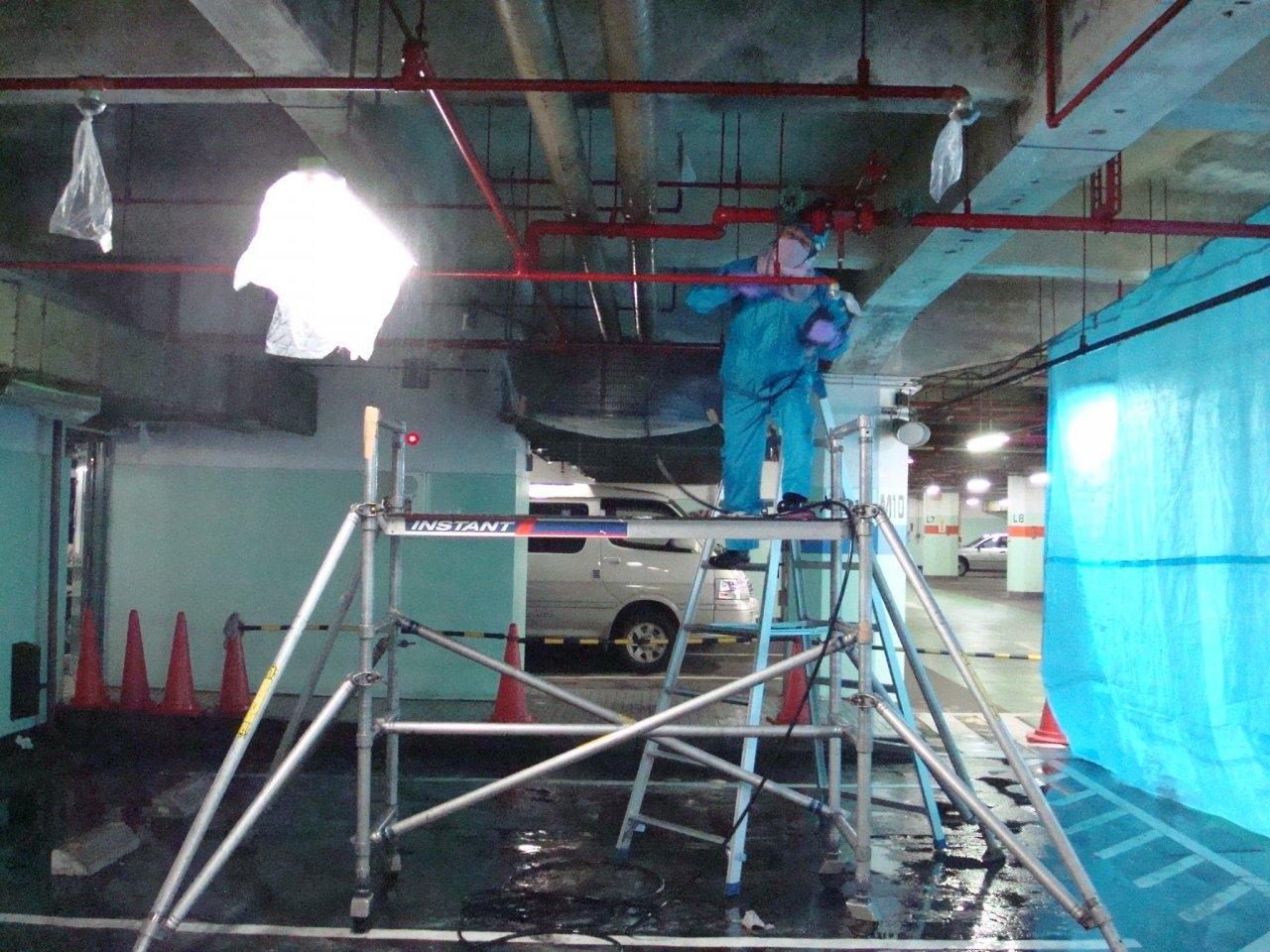 駐車場内洗浄 1